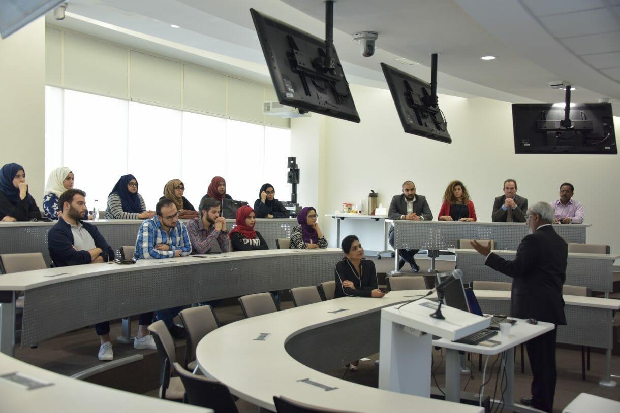 عقدت كلية الهندسة وتقنية المعلومات في جامعة دبي بالتعاون مع فرع الإمارات العربية المتحدة لأي تربل إي ندوة في 26 أكتوبر 2017 للتركيز على تقنيات إنترنت الأشياء وحول كيفية تطبيقها في دولة الإمارات العربية المتحدة.